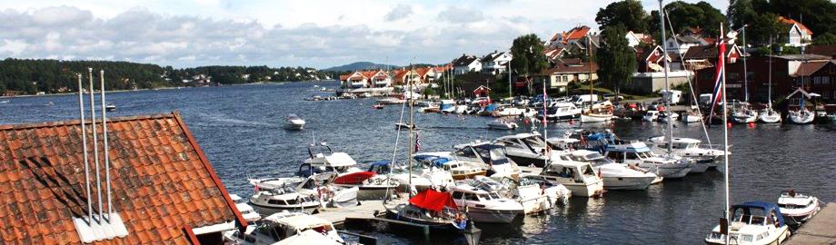 Sommerbyen Brevik ligger i umiddelbar nærhet til Bjørkøya